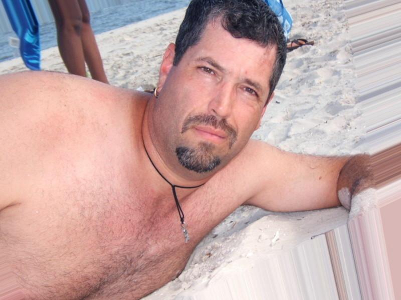 Meet Only Hot Gay Males in Newark, Delaware